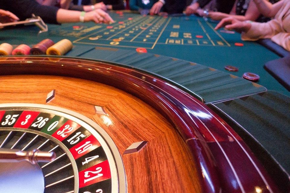 Fun Casino Hire & Nights - Roulette Table Hire